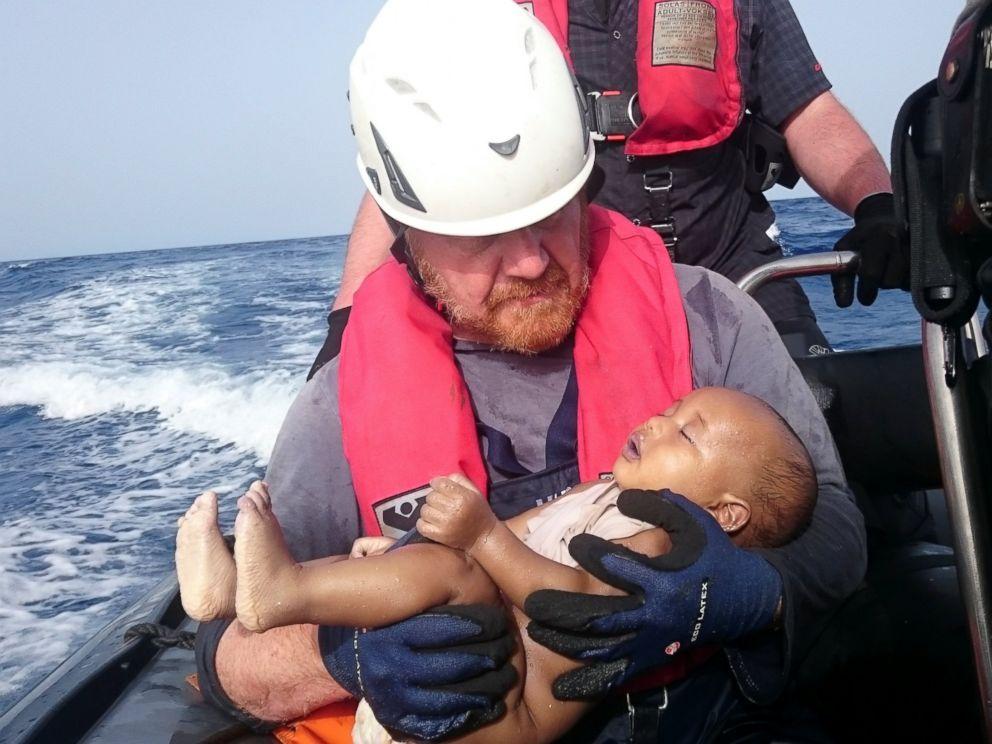 RT_German_Rescuer_Drowned_Baby_MEM_160531_4x3_992