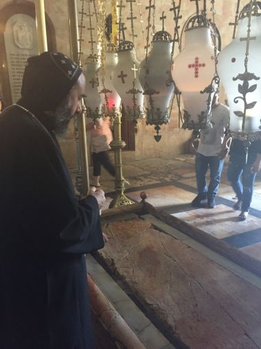 bishop-angaelos-in-the-church-of-the-holy-sepulchre-in-jerusalem